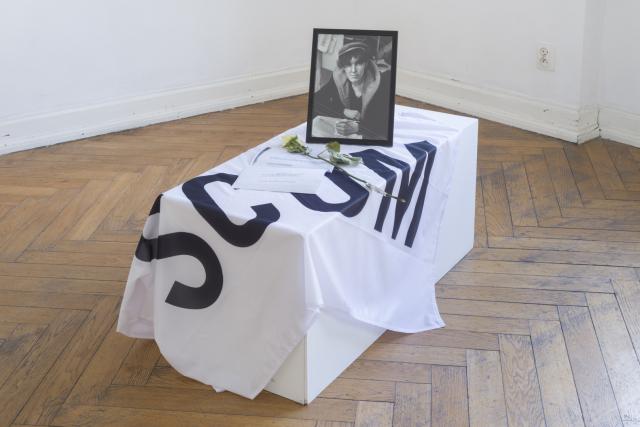 SCUM, flaga, portret Valerin Solanas. Fot.Tytus Szabelski